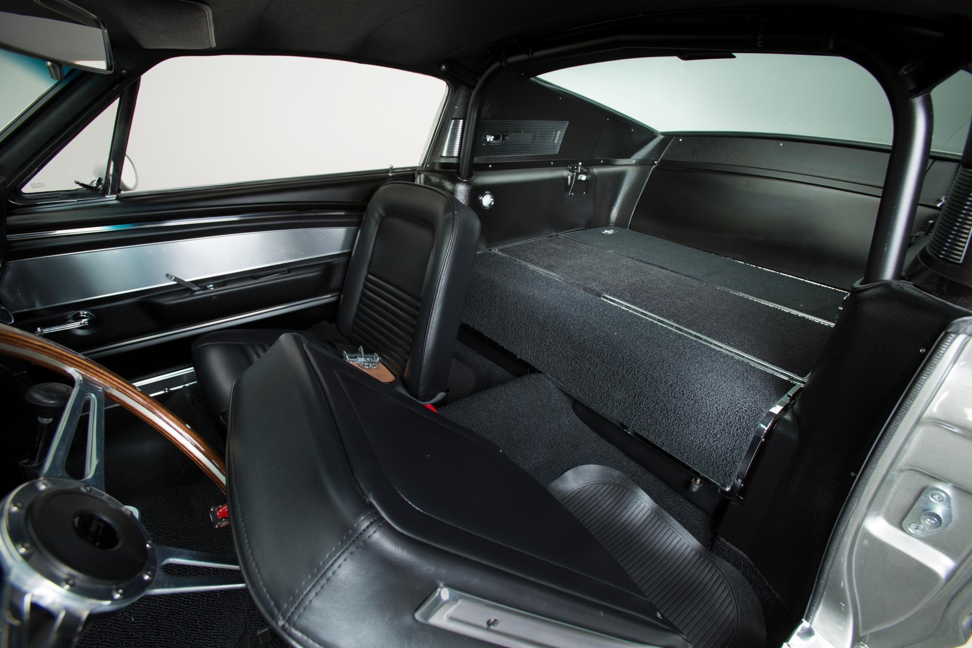 Original Mustang Eleanor Interior